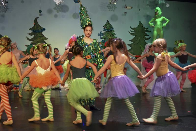 Family Christmas events in Wilmington NC at The Dance Element studio