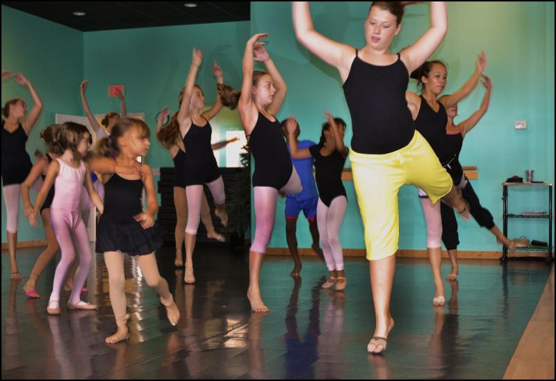 Hip Hop & Contemporary dance students learn from Wilmington NC's top teachers.