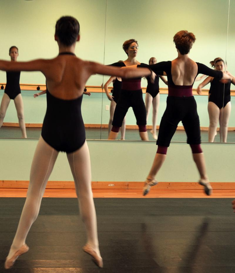 Ballet Lessons, Hip Hop, & Dance Classes for Girls & Boys in Wilmington NC