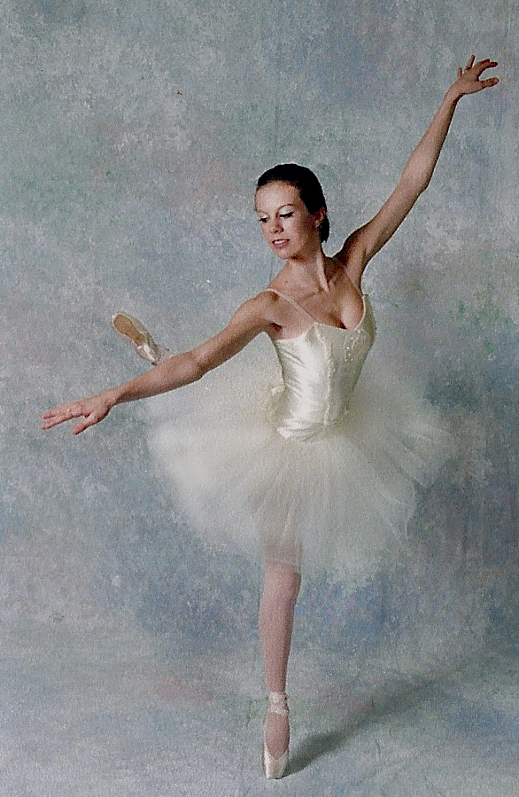 Ashley Barnes teaches Ballet for all ages at The Dance Element in Wilmington NC